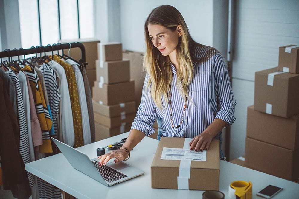 Manage Your Money Woman Shipping